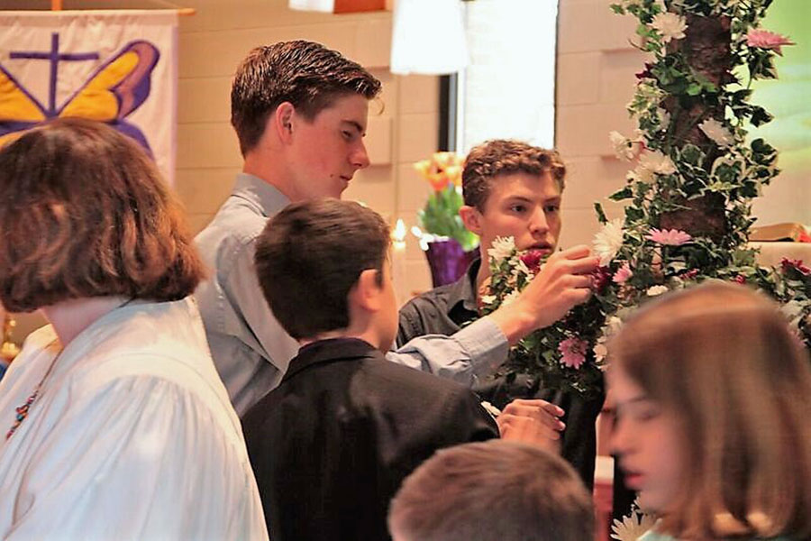 Youth Arranging Cross - Easter 2016